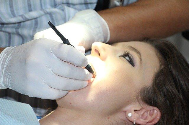 Diş beyazlatma yöntemleri nelerdir Diş beyazlatma kalıcı mı